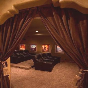 Basement home theater design ideas to enjoy your movie time with family and friends 23