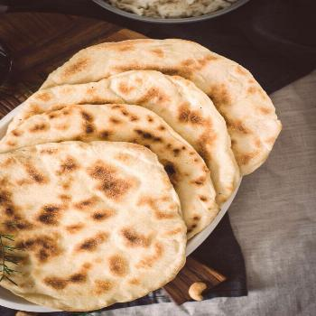 Cheese naan maison pain indien au fromage